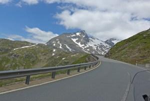 Viagem de mota aos Alpes Suíços. No Fuorn Pass.
