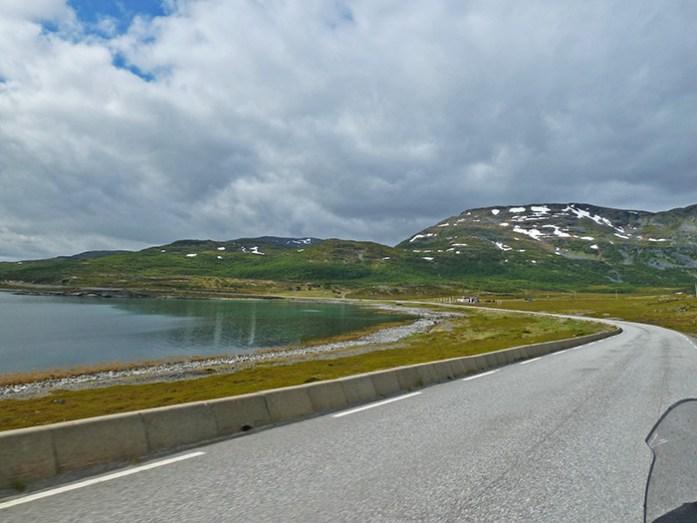 Porsangerfjorden, estrada E69. Noruega