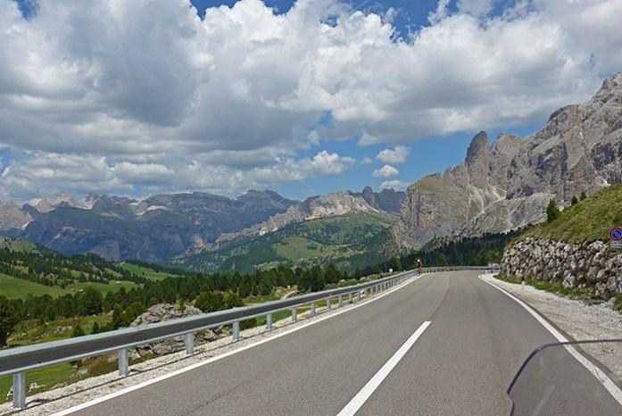 Top 3 de melhores estradas da Europa: Sella Pass, Dolomites, Itália
