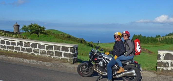 Roteiro de mota pela Ilha de São Miguel