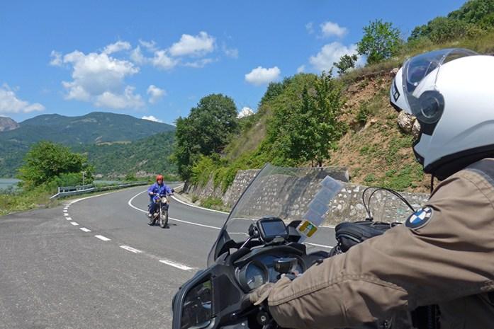 Rio Danúbio - Estrada 57 Orșova. Viagem de mota à Roménia.