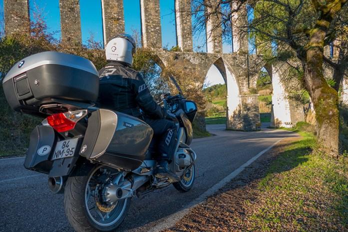 Viagens de mota por Portugal: Aqueduto de Pegões