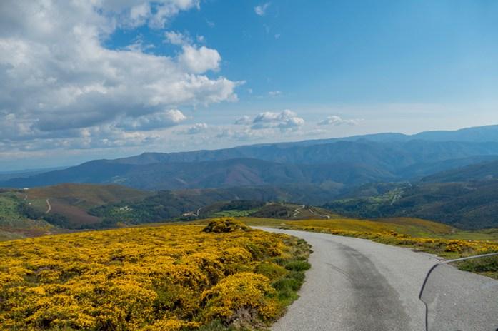 Viagem de mota pelo Montemuro Tulha - Aveloso