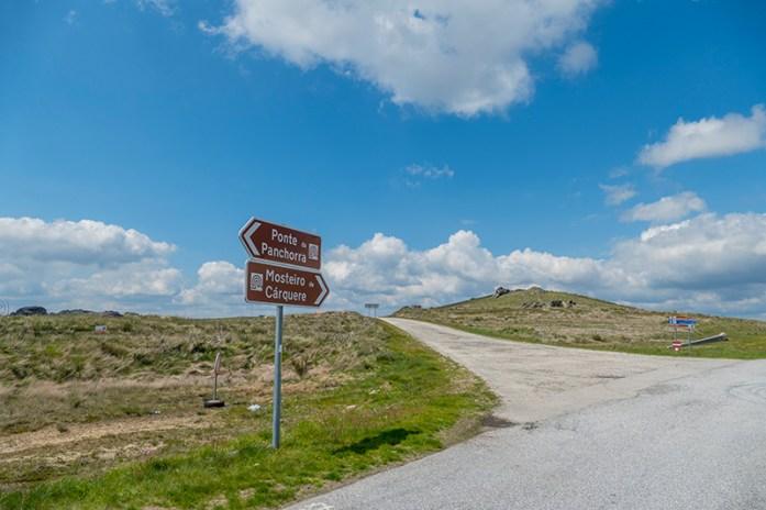 Viagem de mota pela Serra de Montemuro EM550