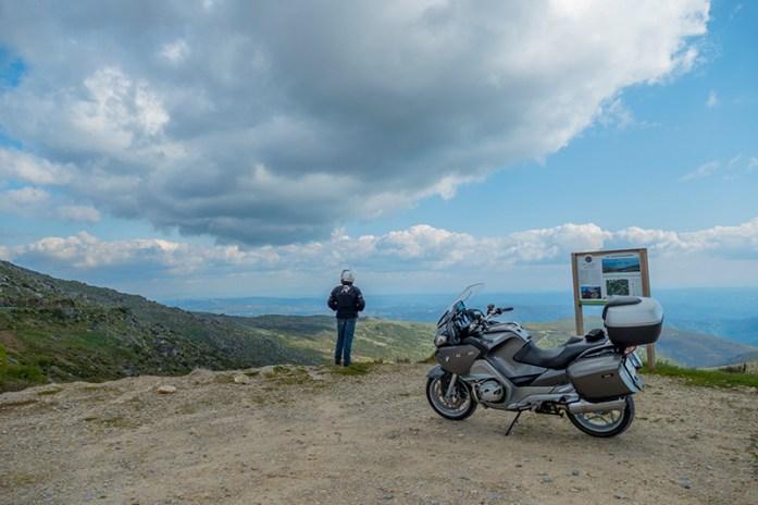 acesso ao Pico da Serra de Montemuroacesso ao Pico da Serra de Montemuro