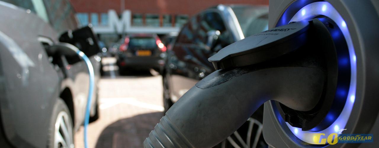 Carros elétricos em 2017: 5 vantagens e novidades