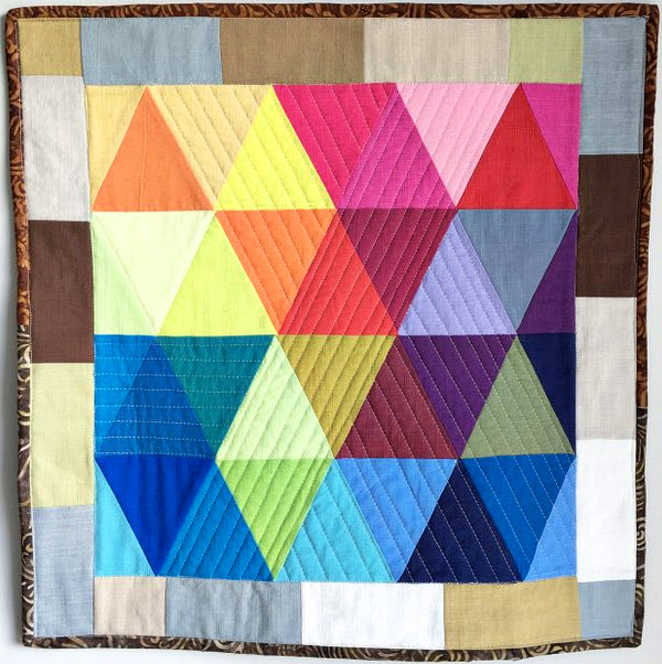 RainbowTrianglesMiniQuiltTutorial_CraftyMummy