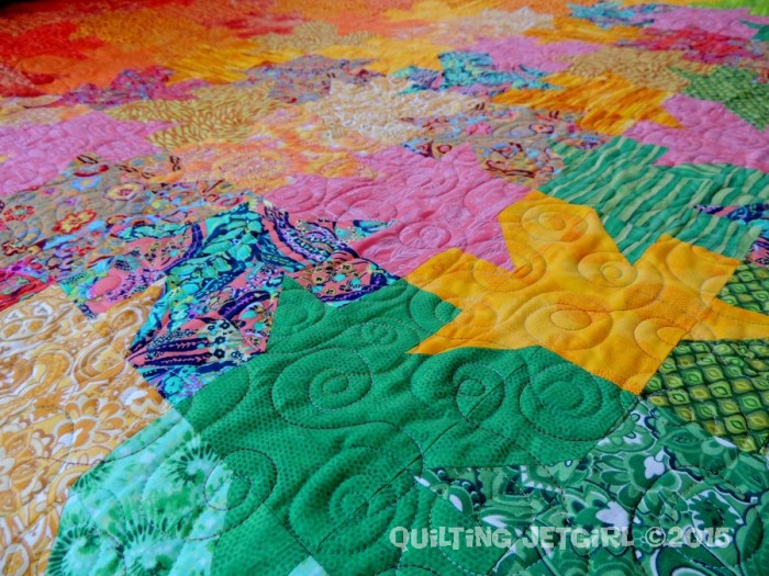 Tessellated Leaves - Piecing and Quilting Detail