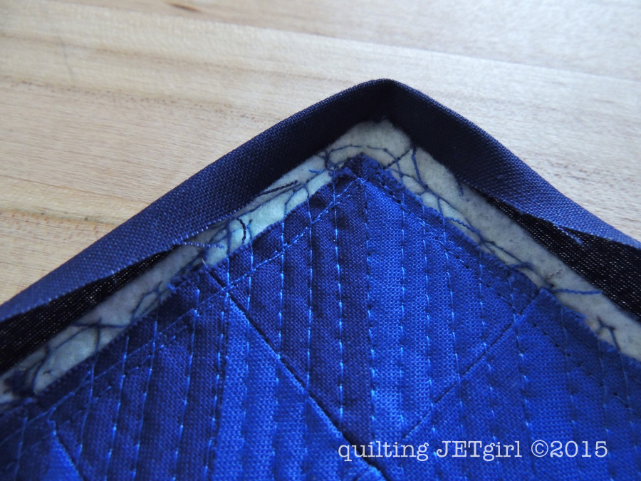 Mini Mini Quilts: Binding