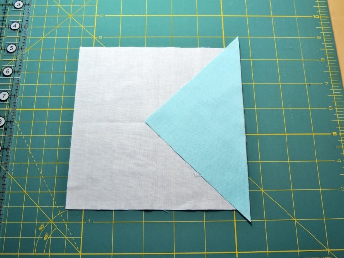 Square in a Square Tutorial - While Keeping the Fabric Edges Aligned