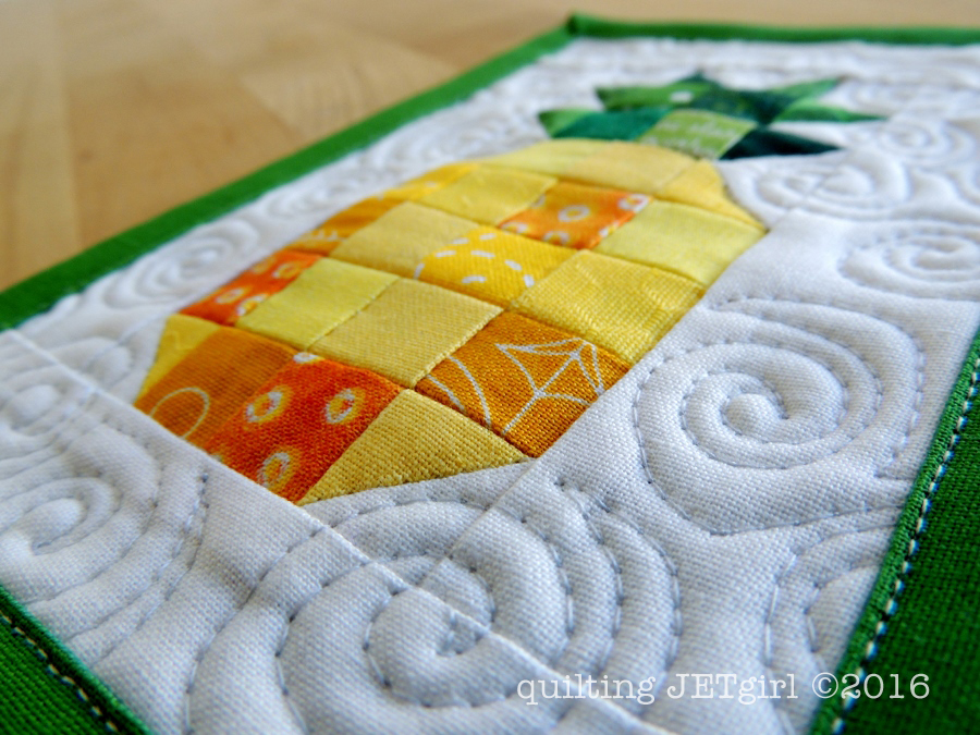 Pineapple Mini Mini Quilt