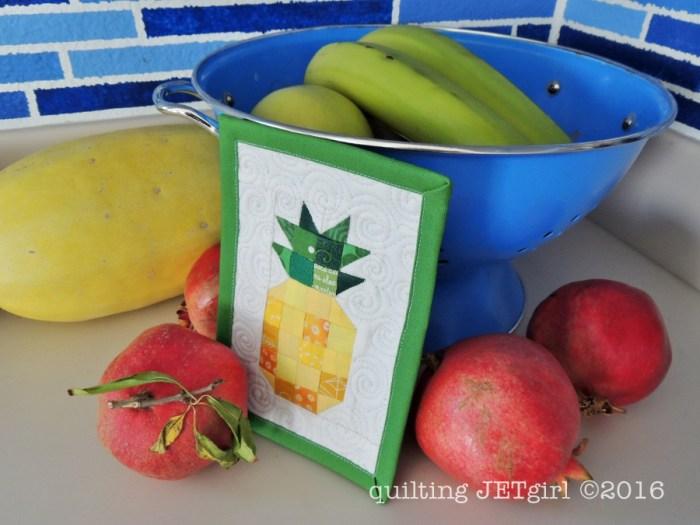 Pineapple Mini Mini Quilt