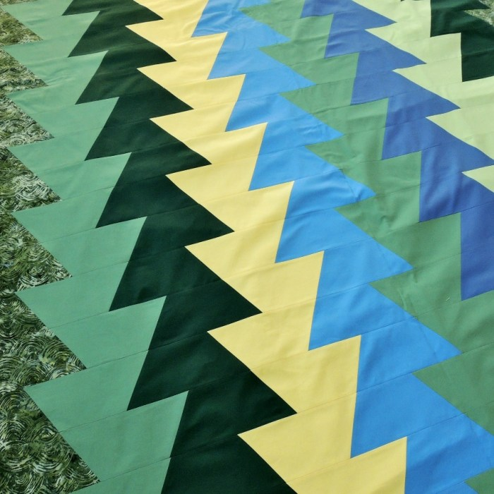 #NotMyQuilt Northern Lights (JayBird Quilts) - Pieced Quilt Top