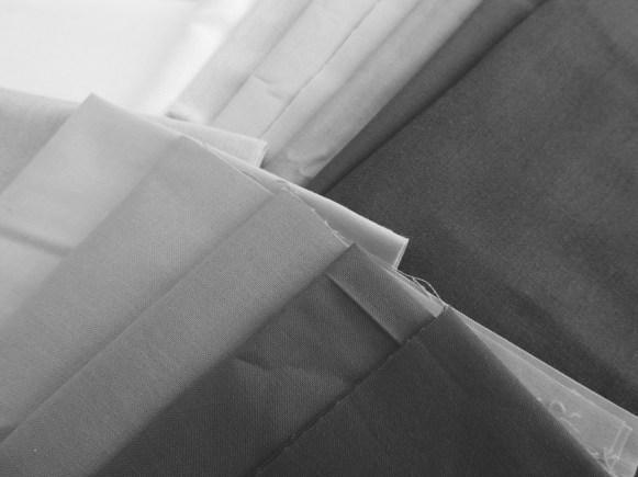 Improv Patchwork Fabric Pull - B&W