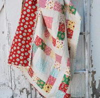 Simple Sixteen Free Quilt Pattern & Log Cabin Quilt Block - 02 PDF