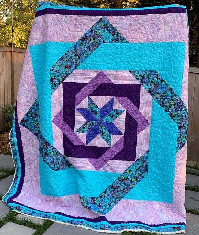 Labyrinth Star Quilt Block Pattern