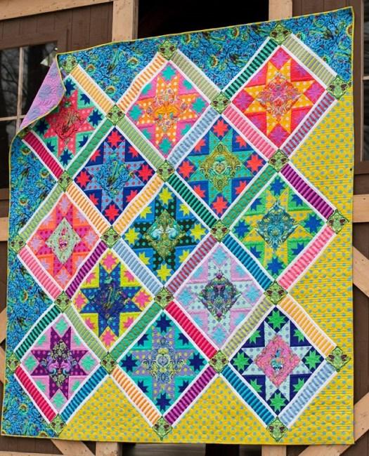 Center Stage Quilt pattern