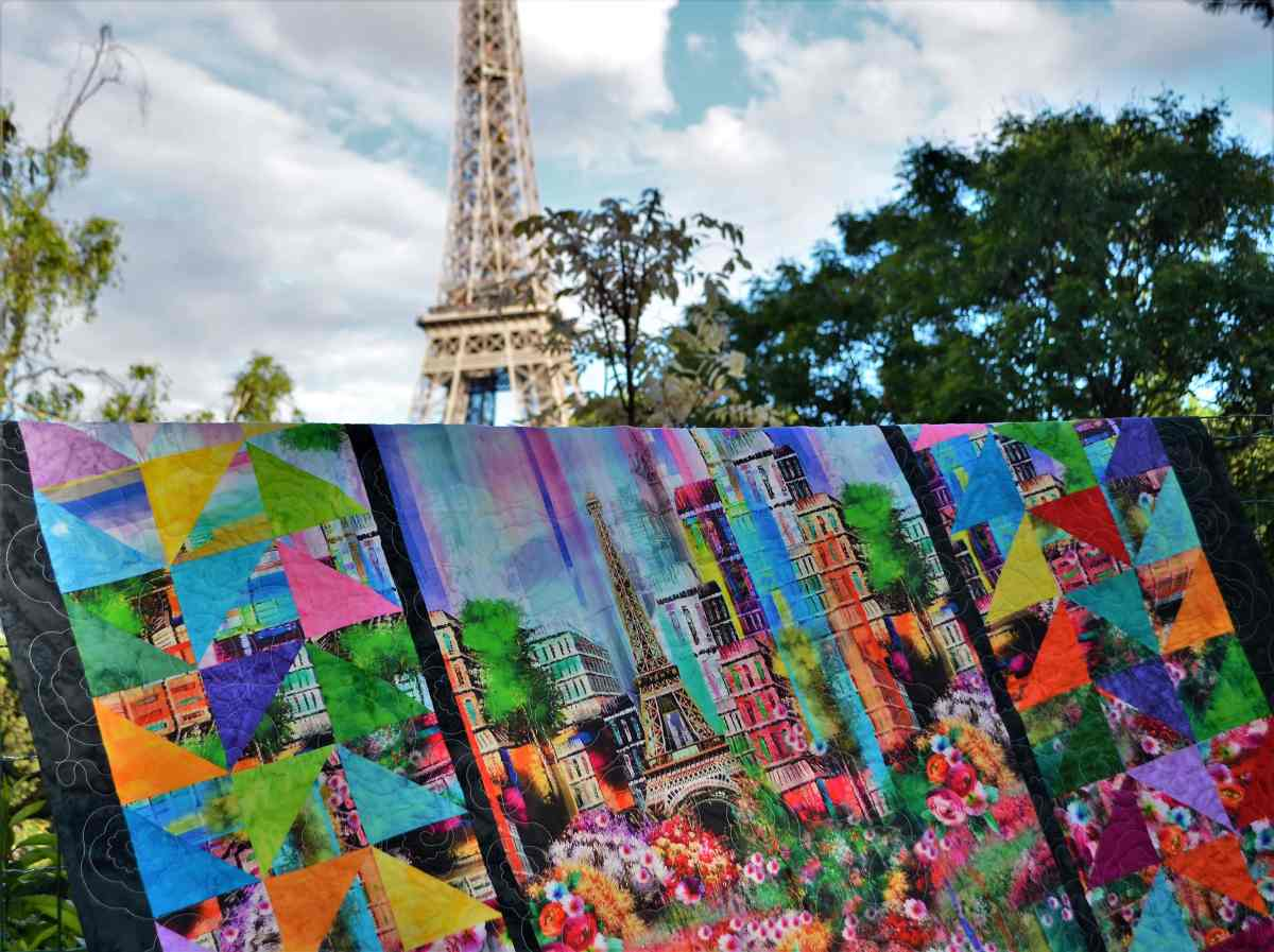 Paris Eiffel Tower quilt