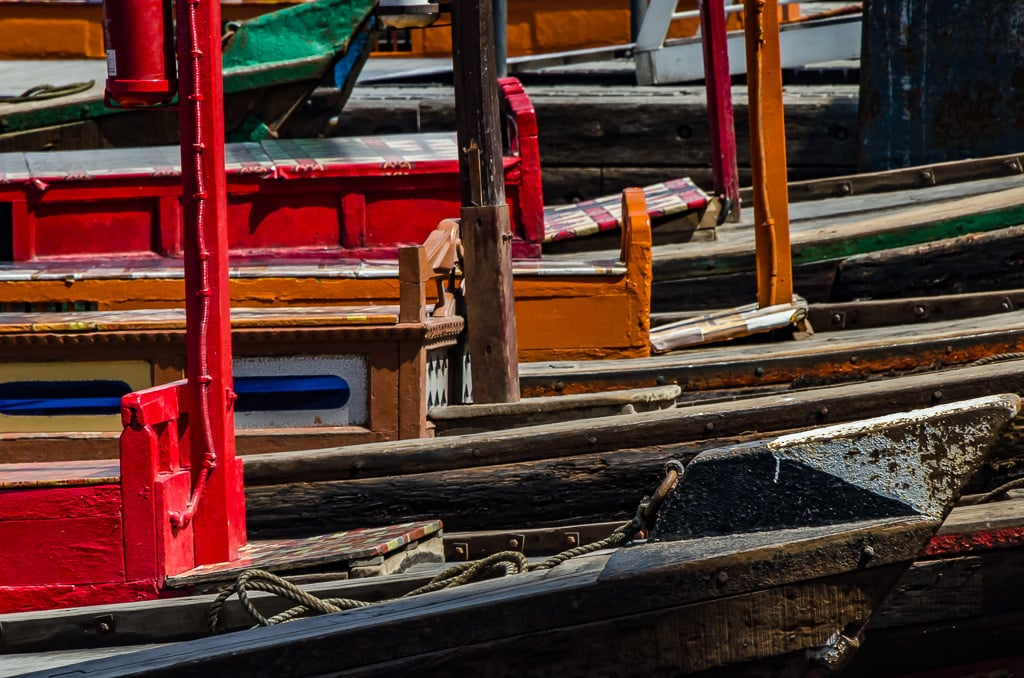 PhotoPOSTcard: Traditional Abras on Dubai Creek
