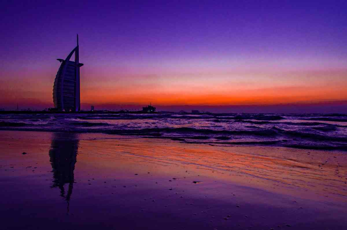PhotoPOSTcard: Dubai's Burj AlArab Icon