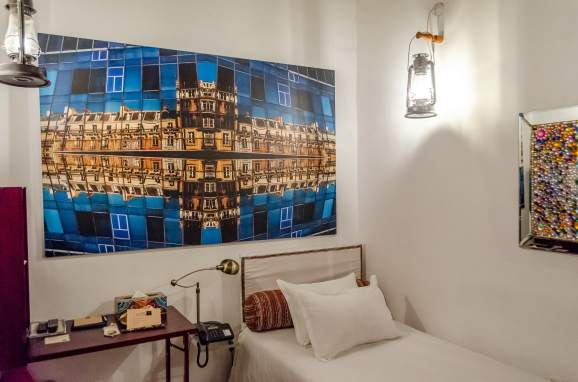 My single room in the XVA art hotel