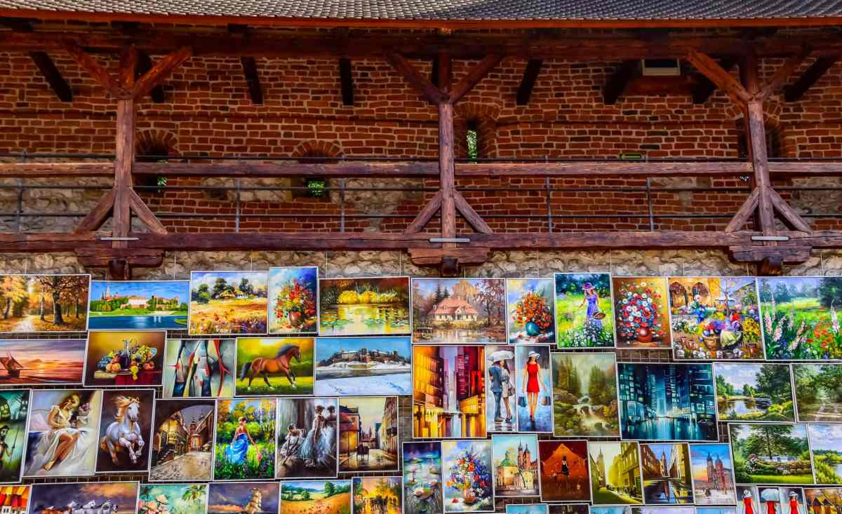 PhotoPOSTcard: Colorful Street Art in Krakow