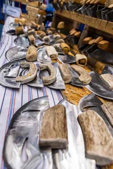 Traditional ulu knives