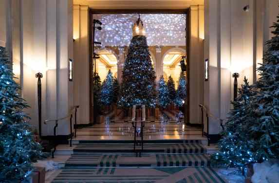 Claridge Hotel lobby decorated for Christmas