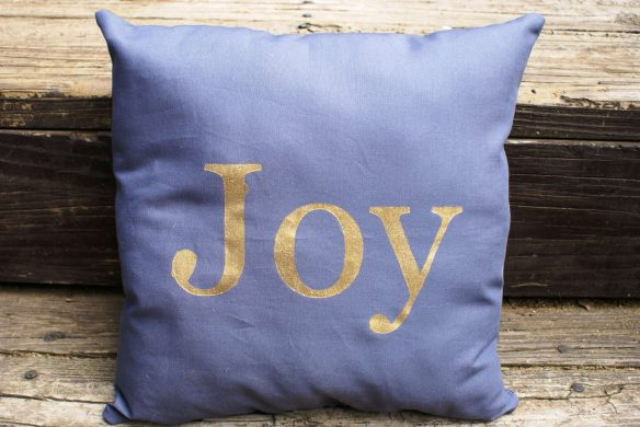 freezer paper painted pillow
