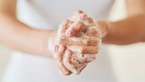 El lavado de manos es fundamental para eliminar bacterias y virus