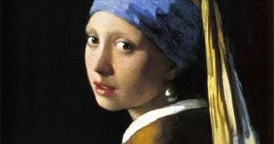 El turbante de la Chica con Pendiente de Perla de Vermeer está pintado con una mezcla de ultramarino y blanco plomo, con un fino esmalte de ultramarino puro sobre él.