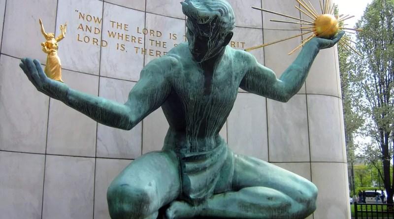 Verdigris en The Spirit of Detroit