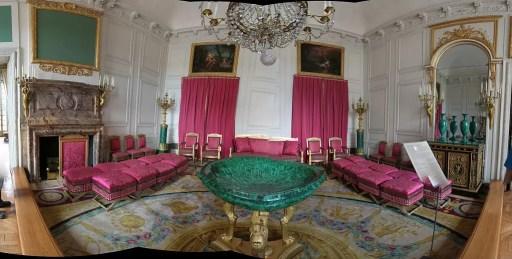 Panorámica del Salón de la malaquita en el Gran Trianón, Versalles (Francia).