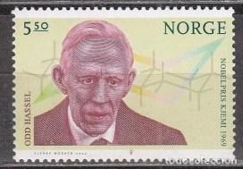 Sello postal Noruego en Honor a Odd Hassel y su premio Nobel (2004)
