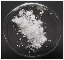 Figura 3: Acetanilida cristalizada.
