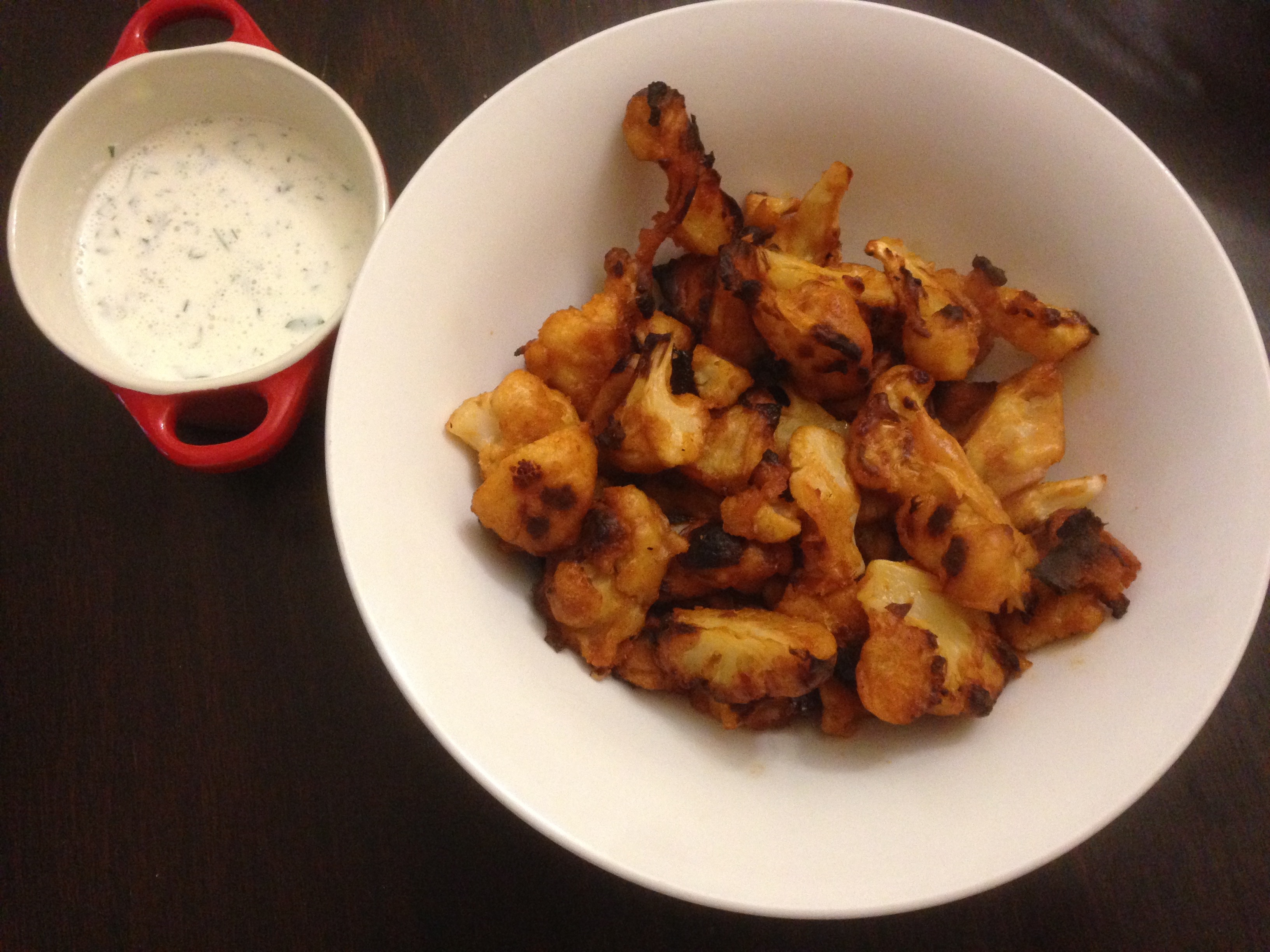 buffalo cauliflower bites with ranch dressing