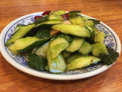 Cucumber salad with sesame and chilli