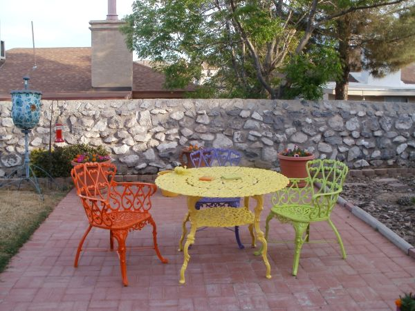 Painting Furniture - Patio - quinju.com