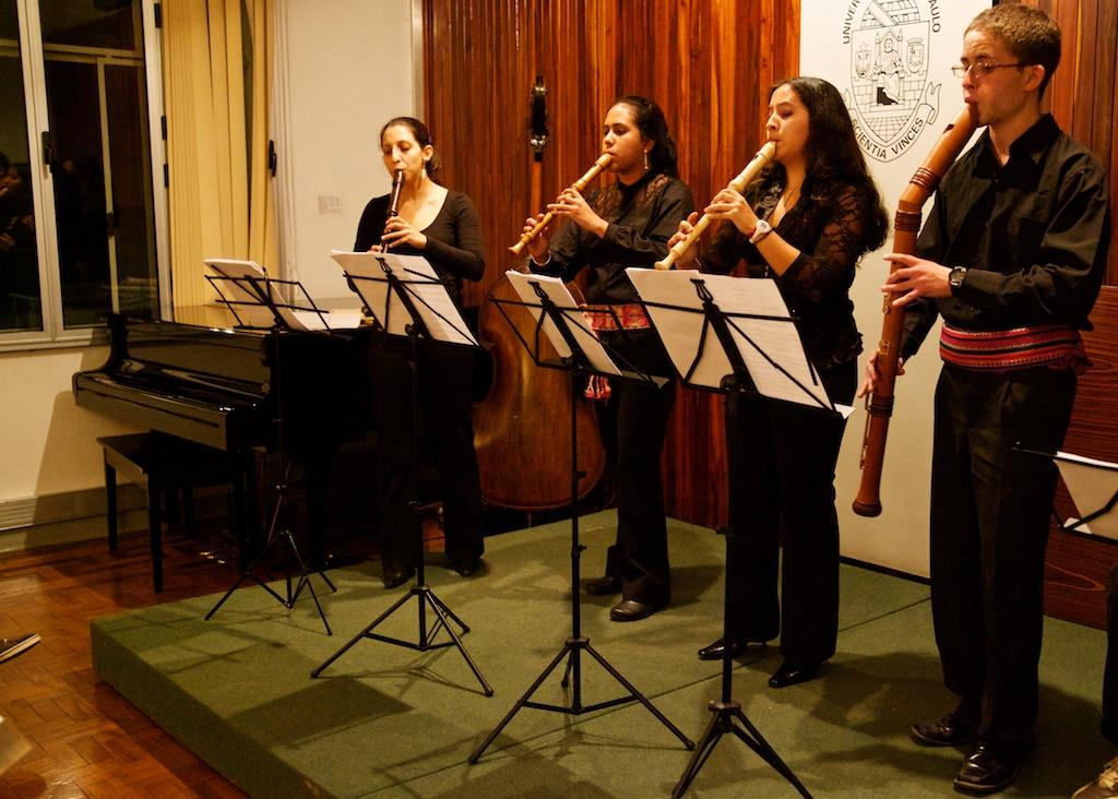 Grupo Peruano de flautas doces