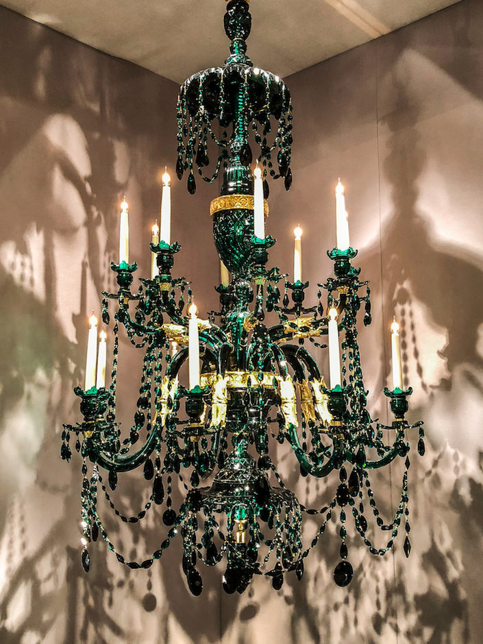 Apter Fredericks chandelier at the 2018 winter antiques show