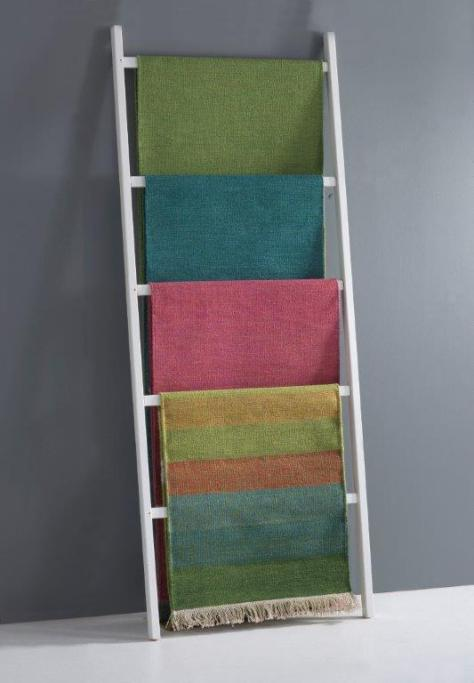 Katehas mattor som man brukar se dem i Norrgavels butiker.