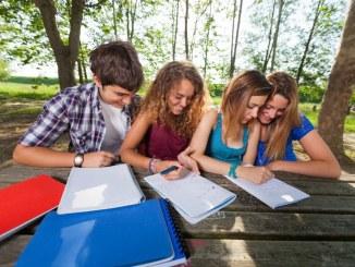 Belajar Kelompok untuk Nilai Pelajaran yang Lebih Baik