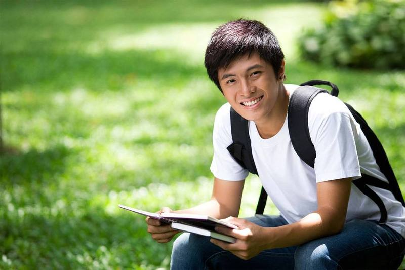 Apa Keuntungan dan Kerugian Kalau Kamu kuliah di Luar Pulau? Simak Nih yang Niat Merantau!