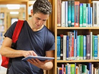 Bahas Materi Buku Pelajaran BSE Pakai Grup Chatting? Kenapa Enggak!