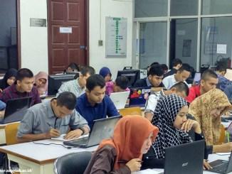 Quipperian berminat kuliah di bidang IT (Ilmu Teknologi)? Berikut profesi yang dapat kamu pilih setelah lulus nanti.