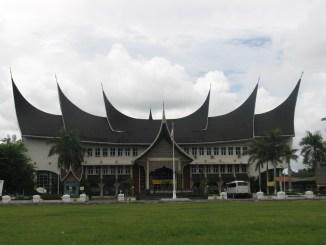 Yuk Simak Informasi Jalur Mandiri Masuk Universitas Negeri Padang Ini!