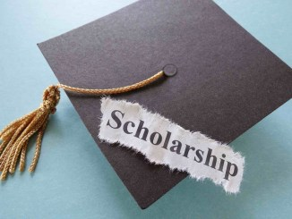 Scholarship Hunters, Read This!