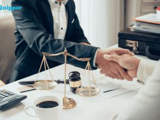Karier Sarjana Hukum