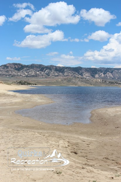 A sandy beach in Wyoming -- a shore view of Seminoe State Park