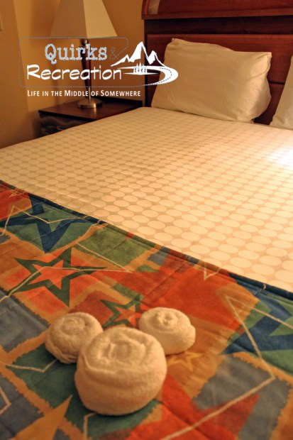 All-Star Music resort bed with Mickey head-shaped towels Disney World